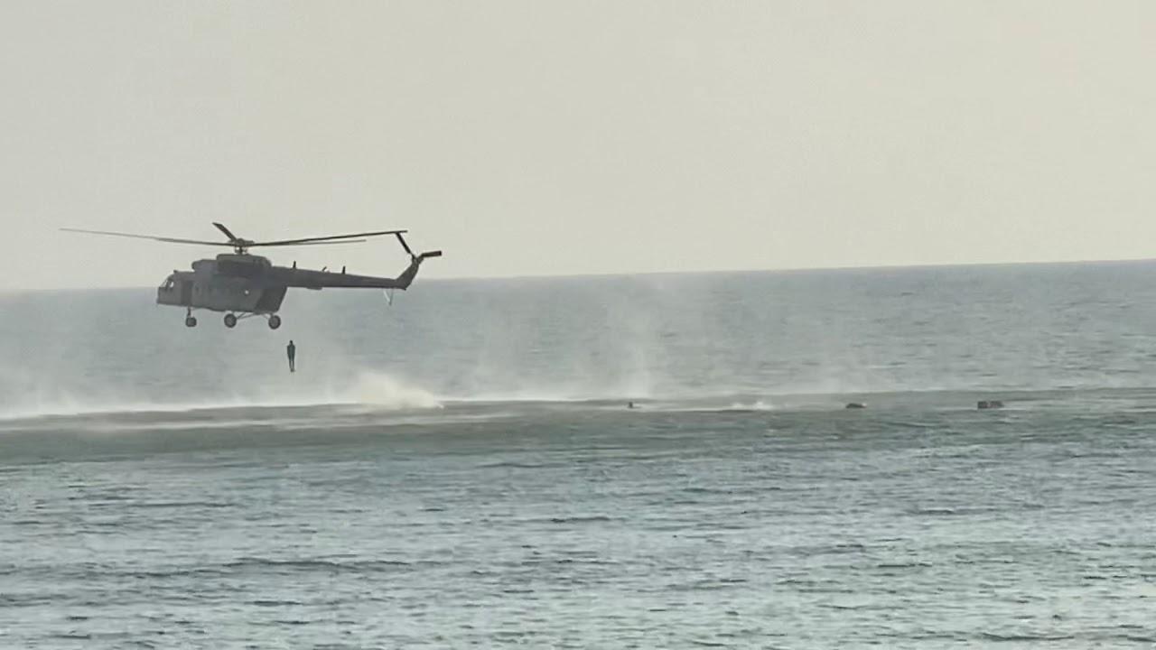 SriLankan army commandos sea drop