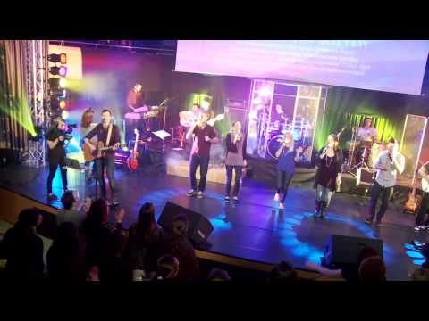 Tov Lehodot La'Adonai - From Generation To Generation (Official)