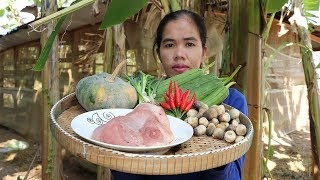 Awesome Cooking Fry Pork W/ Luffa Gourds Pumpkin Recipes - pork Cooking - Show Eating Food Delicious