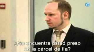 El asesino de Oslo desafía al tribunal