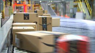 Amazon: How They Manage Busy Holiday Season