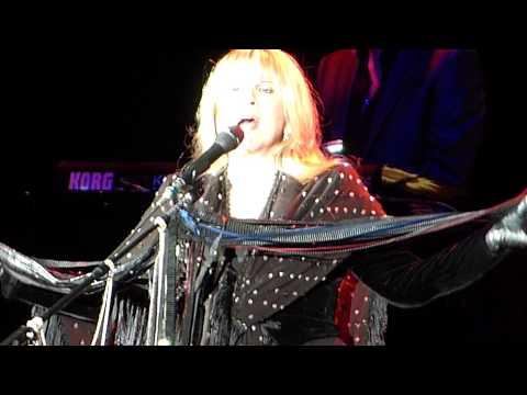 Rhiannon Fleetwood Mac 20131014 Stuttgart