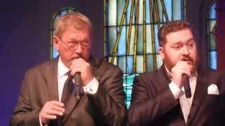 Ian e Butch Owens Juntos no Baixo.