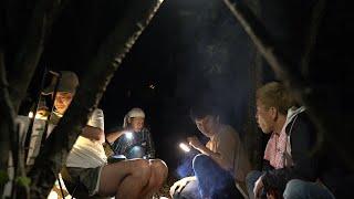 夏の焚火会キャンプ2泊目の夜に仲間と酒を。
