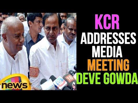 CM KCR Addresses Media After Meeting Deve Gowda In Bangalore | Karnataka | Mango News