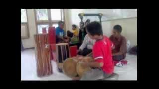 banyuwangi percusion 1 [childs version, high technique]