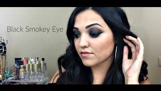 Black Smokey Eye | Holiday Glam | Betsy Diaz