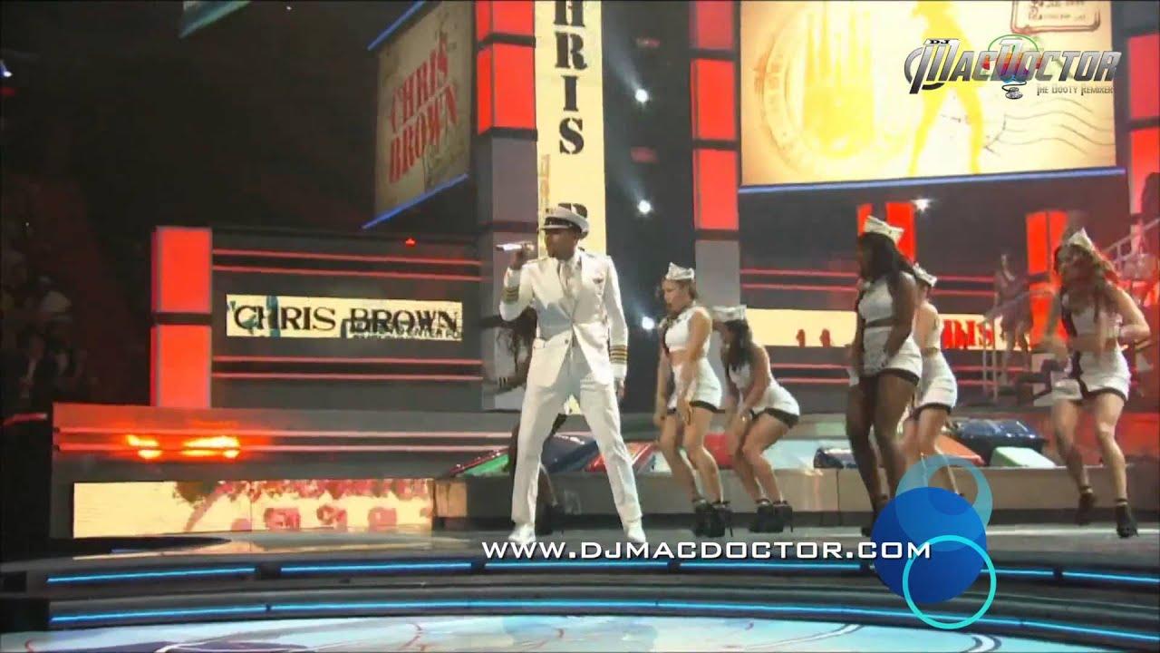 Download International Love (MacDoctor MV Remix) - Pitbull ft Chris Brown