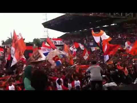 THE JAK pesta persija menang di stadion patriot