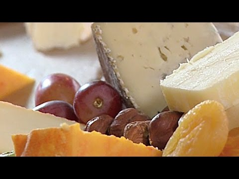 How to make a cheese tray - by Dairy Farmers of Canada