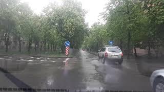 Дождь. Уроки вождения Нивки