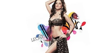 Item Girl Sunny Leone Live at Private Event in Delhi