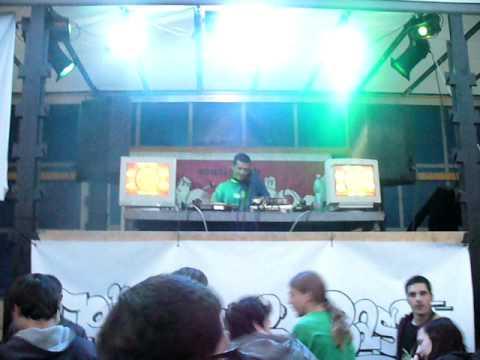 DJ Pixie / T2B crew