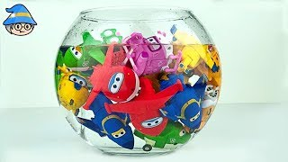 Superwings is in the water tank. Rescue the Superwings in the water.