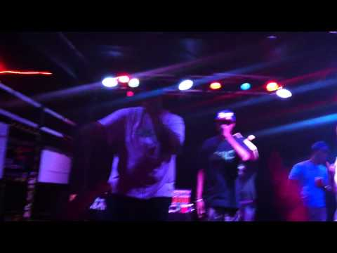 Cannibal Ox - Straight Off The D.I.C. (Ottobar Baltimore, MD 7/20/13) mp3