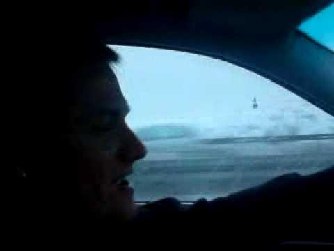 Woock und scholz singen auf der Autobahn