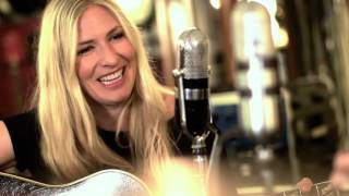 """John Prine  - """"I'm Telling You"""" featuring Holly Williams"""