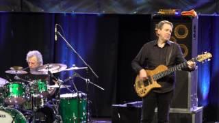 Dave Weckl and Mike Stern LIVE@MOGORO - The Chicken