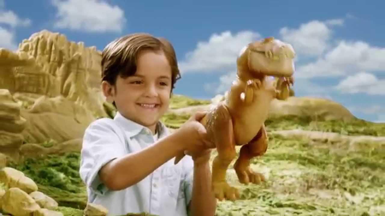 Bubbha TOMY the Good Dinosaur grande figure