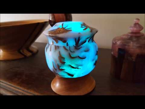 Lighted Pine Cone Box