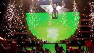 Britney Spears - Till The World Ends Live in Paris FEMME FATALE TOUR HD