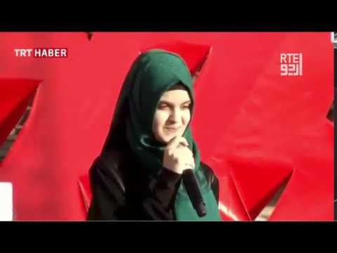 A girl copying Erdogan while reading emotional poem - Urdu Subtitle