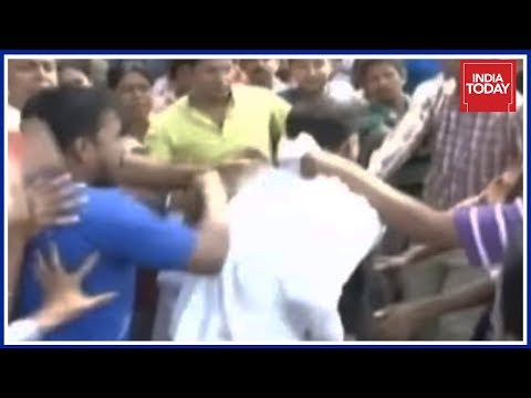 Statue War Turns Violent In Kolkata, BJP-TMC Workers Clash