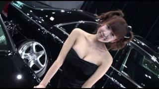 東京オートサロン 2011 胸元が気になる黒のドレスのコンパニオン!! To...