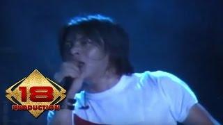 Peterpan - Melawan Dunia (Live Konser Bontang 3 Maret 2008)