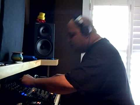 DJ SNEAK @ home in the studio mixing down his new album The HOUSE of HOUSE - Part #2