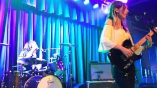 Wolf Alice, Freazy (Live), 04.12.2016, Waiting Room, Omaha Nebraska
