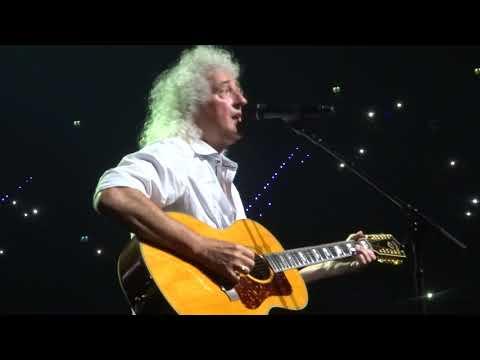 Queen + Adam Lambert - Brian May sings Love of My Life @ Rotterdam, 27.06.2018
