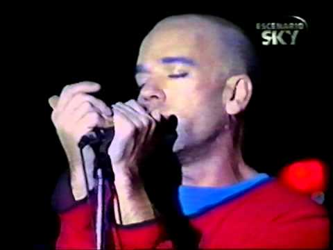 REM - Fall On Me @ Buenos Aires, Argentina - 17 January 2001