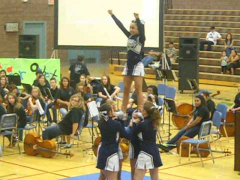 Middle School Cheer (Me-Me's stunt group) - YouTube