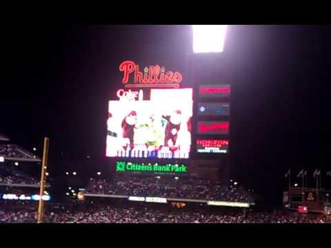 Dancing Monkeys U0026    Philly Phanatic  .September 18,2011