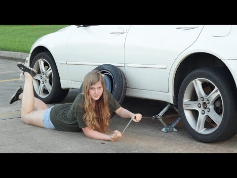car changing in Young girl