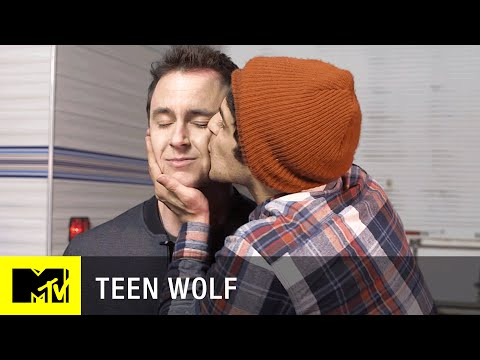 Teen Wolf (Season 5) | How the Cast Prepares for an Emotional Scene | MTV