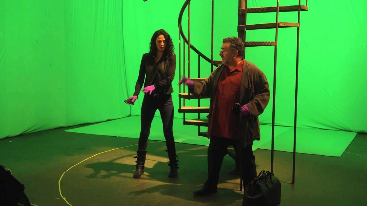 Download Warehouse 13   Season 5 DVD Gag Reel Clip