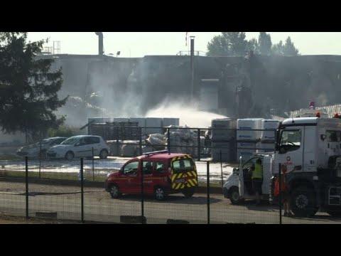 AFP: Important incendie dans la zone portuaire de Strasbourg