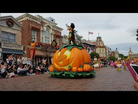 disneyland-parade-oct.-31,-2018-(pt.2)