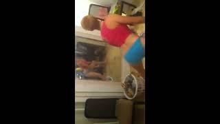 Drunk White Girls Twerk