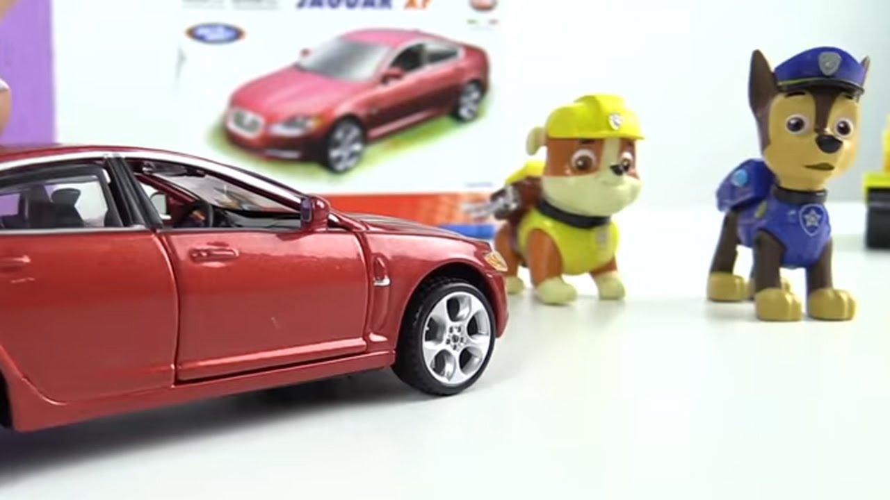 Çizgi Film - Paw Patrol - Rubble ve Chase  Jaguar XF  araba yapıyor