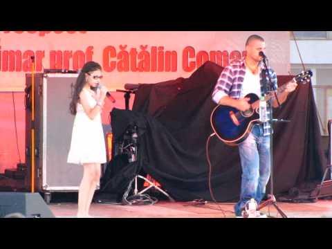 Pavel Stratan si Cleopatra - Mos Martin LIVE Falticeni [2013]