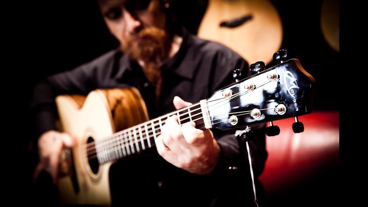 Mayson Guitars - Introduzione di Gavino Loche da Musicarte Store