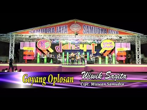 Wiwik Sagita - Goyang Oplosan [Official Video Live]