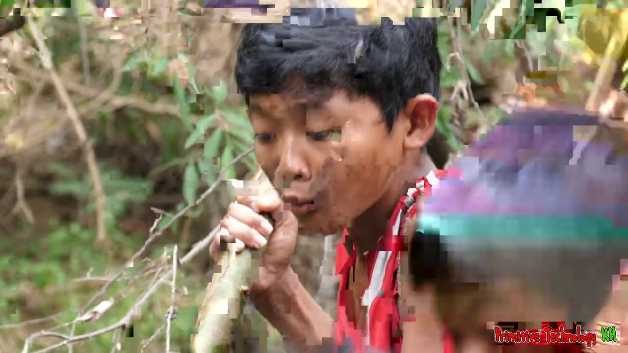 Primitive Technology - Eating Delicious In Jungle - Grilled Pig Head For Food #214