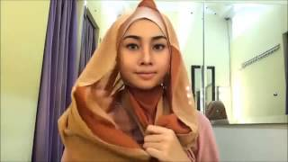 Cara Simple Memakai Jilbab Segi Empat Paris Modern (2014) #6 Thumbnail