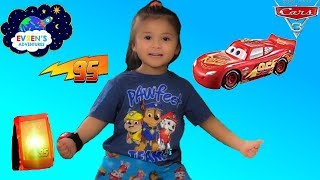 DISNEY PIXAR CARS 3 Smart Steer Lightning McQueen Unboxing and Fun Test Drive with Evren Adventures