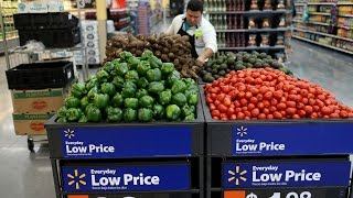Wal-Mart Tops Estimates on Double-Digit Online Growth