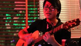 21.03.2014 Phố Nhỏ acoustic -Linh Hồn và Thể Xác (cover)